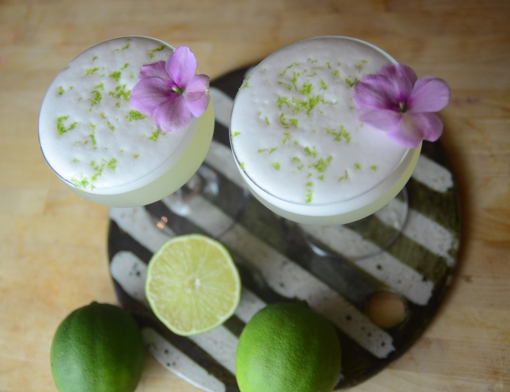 lime pisco cocktail
